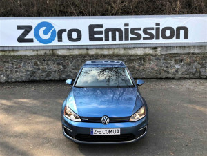 VOLKSWAGEN E-GOLF SE Limited Edition
